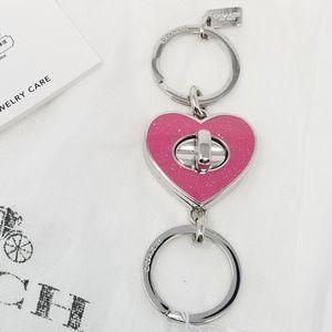 COACH NWT Valet Turn Lock Key Chain - Pink Heart